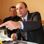 Fostului ministru Ioan Avram Muresan i s-a prelungit interdictia de a parasi tara