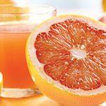 TERAPII FRUCTE – Sucul de grepfrut si portocala poate reduce eficienta medicamentelor