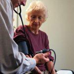 CE SPUN MEDICII – Riscul de deces se vede in privire, releva un studiu
