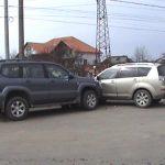 ACCIDENT – VICTORIEI – Doua masini de teren s-au ciocnit in zona IPEG, pe strada Victoriei din Baia Mare (VIDEO)