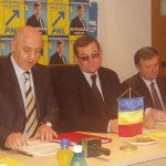 ELECTORAL – ANGAJAMENT – Sprijinul politic vine de unde nici nu te astepti: taranistii il sustin pe Crin Antonescu la alegeri