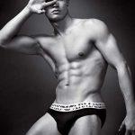 FOTOMODEL – Cristiano Ronaldo este noua imagine a lenjeriei Armani