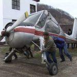 MUZEU – SCHIMB – Aeroportul Baia Mare a dat un Boeing 737 pe o Wilga de 40 de ani (VIDEO)
