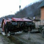 ACCIDENT – Un autoturism a rasturnat o masina de pompieri aflata in misiune (VIDEO)