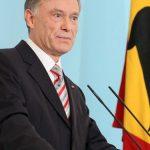 GAFA SI ONOARE – Presedintele Germaniei, Horst Koehler, si-a anuntat demisia