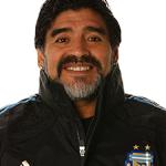 FOTBAL – Maradona, suspendat si amendat pentru altercatia cu Olaroiu