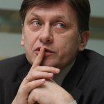 ULTIMATUM – SECURITATE – Crin Antonescu: Daca are probe despre colaborarea mea cu Securitatea, Basescu sa le produca in 48 de ore