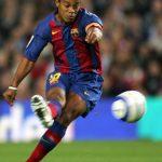 FOTBAL. Ronaldinho a anuntat incheierea contractului cu AC Milan