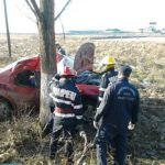 """ACTUALIZARE – ACCIDENT MORTAL – Si-a omorat tatal, dupa ce a intrat cu masina intr-un copac, in zona """"Doua Veverite"""" (VIDEO)"""