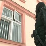 "DOSARUL ""VAMA SIRET"" – 5 politisti si vamesi au fost arestati iar 49 de persoane sunt retinute"