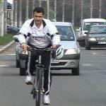 ADVERTORIAL – MARSUL BICICLISTILOR – Biciclistii au pedalat in coloana prin Baia Mare ca sa forteze amenajarea de piste in oras (VIDEO)