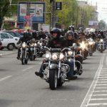 MOTOCICLISTI IN PARADA – Spectacol pe doua roti in Baia Mare, la startul sezonului moto (VIDEO si GALERIE FOTO)