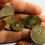 VENITURI VS CHELTUIELI – Romanii si-au cheltuit 90% din venituri in ultimul trimestru din 2011