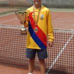 TENIS DE CAMP – Dupa ce a devenit campion national la dublu, Gabriel Liahovici isi doreste locul 1 in tara si la individual (VIDEO)