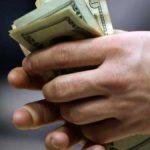LEUL, IN CADERE – Cursul euro a urcat la un nou maxim istoric – 4,5848 de lei (VIDEO)