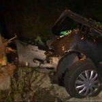 ACTUALIZARE – ACCIDENT – Doua femei si un copil, raniti dupa ce s-au izbit cu masina de un copac din zona Stejarul (VIDEO si GALERIE FOTO)