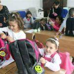 CAMPANIE – Cora Baia Mare ajuta scolile de la tara
