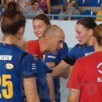 HANDBAL – Din acest sezon, o echipa poate solicita 3 time out-uri; regula se aplica la seniori si juniori 1, feminin si masculin