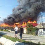 CITITORII IN ACTIUNE – Imagini cutremuratoare surprinse la incendiul din Lapusel
