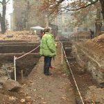 PORTI DESCHISE LA MUZEUL DE ISTORIE – Santierul arheologic din Piata Cetatii Baia Mare se inchide (VIDEO)