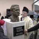 IN MEMORIAM – Omul de cultura Valentin Baintan, comemorat in prezenta a numerosi oameni, la Finteusu Mare (GALERIE VIDEO)