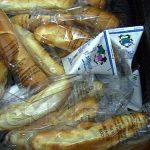NEREGULI – Amenzi pentru doua firme care distribuie cornuri in scolile din Maramures