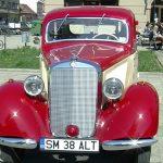 BIJUTERII PE PATRU ROTI – Un Mercedes fabricat in 1938 a atras toate privirile la Retro Parada Primaverii din Baia Mare (VIDEO)