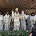 PRAZNIC – Sute de oameni au venit si in acest an la hramul Manastirii Habra (VIDEO)