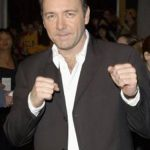 "FILM – PREMIILE EMMY – Kevin Spacey si seria ""House of Cards"", marii favoriti ai editiei 2013"