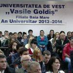 "FESTIVITATE – Profesori universitari, studenti si parinti au participat la deschiderea noului an universitar de la ""Goldis"" (VIDEO)"
