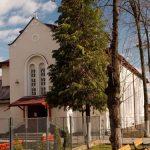 """SARBATOARE – Azi, 24 noiembrie, are loc hramul Bisericii romano-catolice """"Cristos, Regele Universului"""" din Baia Mare"""
