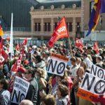 PROTEST – Mii de persoane au manifestat la Madrid impotriva politicilor de austeritate