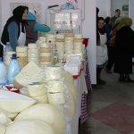 INTERDICTIE LA LAPTE – Produsele lactate fara certificare vor fi interzise in piete, incepand din 1 ianuarie 2014 (VIDEO)