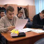 NOUTATE – Elevii din clasele a XI-a vor sustine anul acesta, pentru prima data, simularea examenului de Bacalaureat (VIDEO)