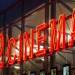 IMPUSCATI LA FILM – 14 morti si 50 de raniti in urma unui atac armat la premiera filmului Batman din statul american Colorado