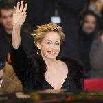 CEREMONIE – Sharon Stone, recompensata pentru lupta impotriva SIDA