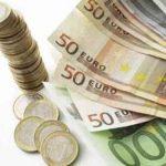 Bursa s-a prabusit, euro a ajuns la un curs de 3,7480 lei/euro