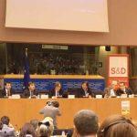 TRATATIVE – UE a ajuns la un acord asupra livrarii de armament kurzilor din Irak