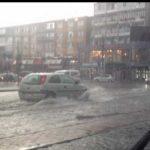 CITITORII IN ACTIUNE – Ploaia le da batai de cap soferilor in centrul orasului Baia Mare