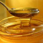IN SCADERE – Cea mai scazuta productie de miere din ultimii 50 ani; pretul este mai mare si cu 30%