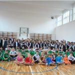 "INVESTITII – O noua sala de sport inaugurata in Baia Mare. Elevii Scolii ""George Cosbuc"" au de azi un spatiu dotat la standarde europene si o suprafata moderna de joc (VIDEO)"