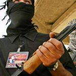 CU AJUTOR – Raport: Gruparea Stat Islamic lupta cu arme americane