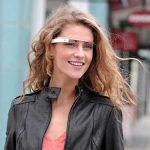INOVATIE – Facebook si Twitter au lansat aplicatii pentru ochelarii Google