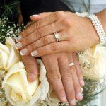 IUBIRE SI DIVORTURI – Cat de repede s-au incheiat mariajele vedetelor care s-au casatorit de tinere
