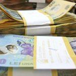 STATISTICA – Cele mai mari castiguri in anul 2012 s-au realizat in domeniul intermedierii financiare si al asigurarilor