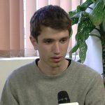 DISCUTII – Elevi din toata tara se vor intalni la Bucuresti pentru a stabili strategia pentru imbunatatirea sistemului de educatie. Zona de Nord Vest a tarii va fi reprezentata de baimareanul Ovidiu Felecan (VIDEO)