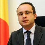 RESPONSABILITATE – Cristian Busoi cere Ministerului Sanatatii sa-si asume neinformarea la timp a populatiei despre importanta vaccinarii