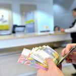 STATISTICA – Restantele la creditele in lei au scazut cu circa 3%, iar la cele in valuta cu 2,2%, in martie