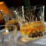 SENAT – Reducerea accizei la bauturile spirtoase intra in vigoare de la 1 octombrie 2015, nu din 2016