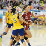 HANDBAL – Fara play-off si play-out in Liga Nationala feminina. La masculin, in rundele decisive se va juca dupa acelasi sistem, cel mai bun din trei meciuri, primul la echipa mai bine clasata (VIDEO)
